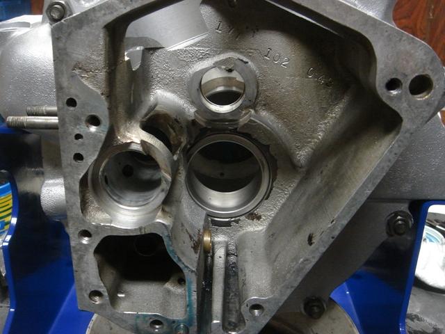 1977FLHpinion shaft bearing race4
