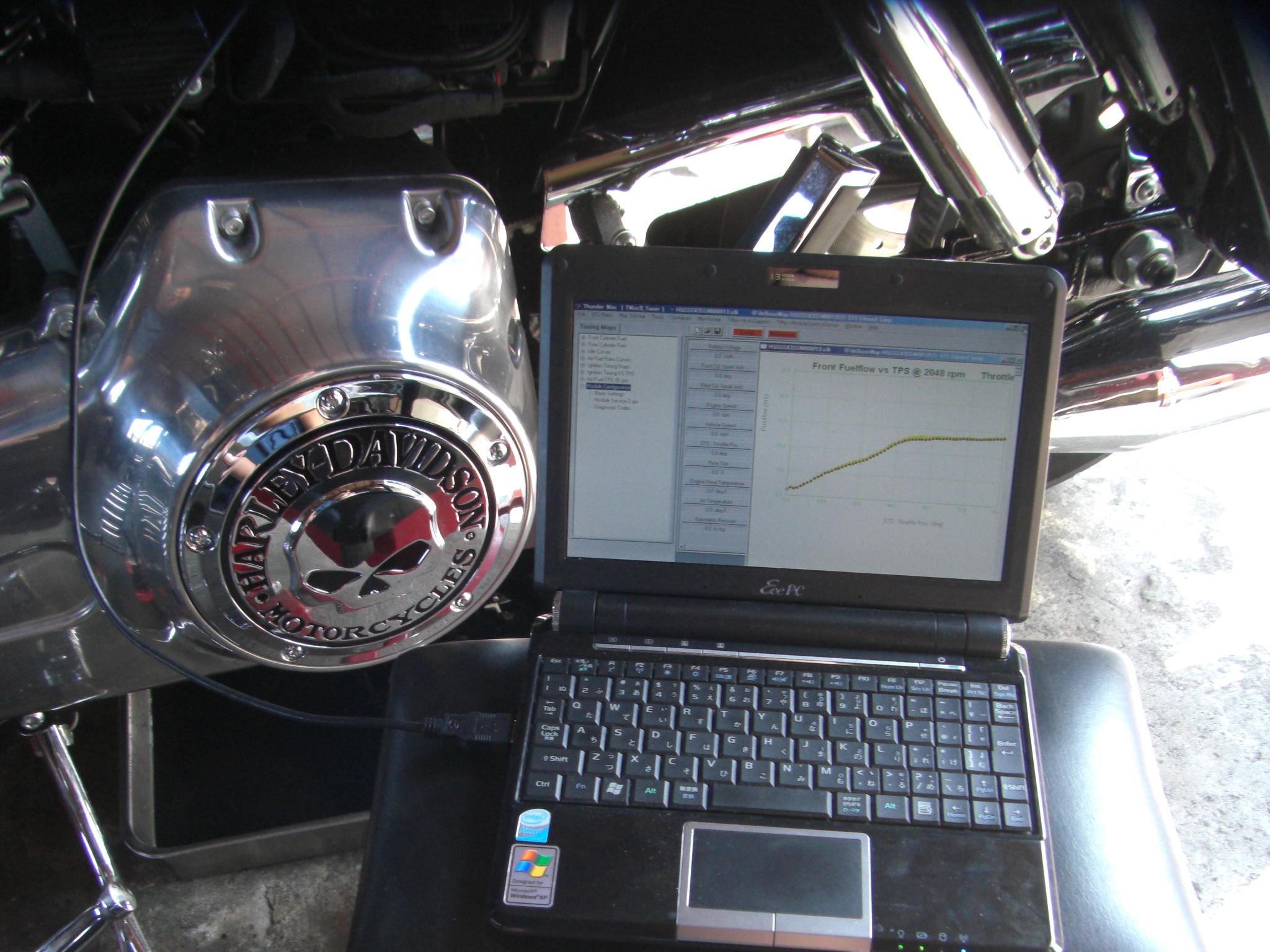 2012FLD エンジンオイル交換3