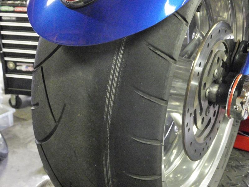 2009年式FXCWC サンダーマックス取り付け&リアタイヤ交換1