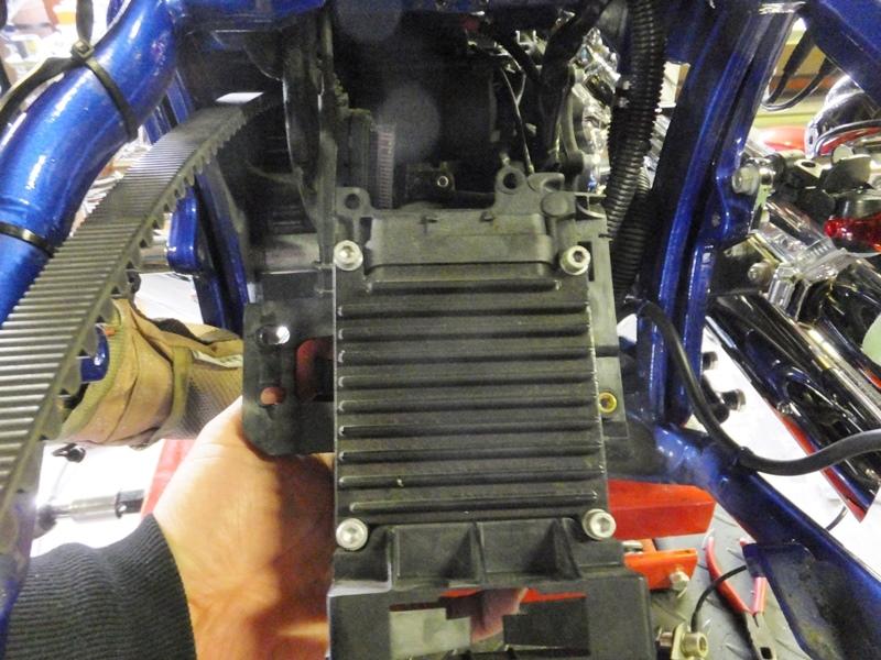 2009年式FXCWC サンダーマックス取り付け&リアタイヤ交換7