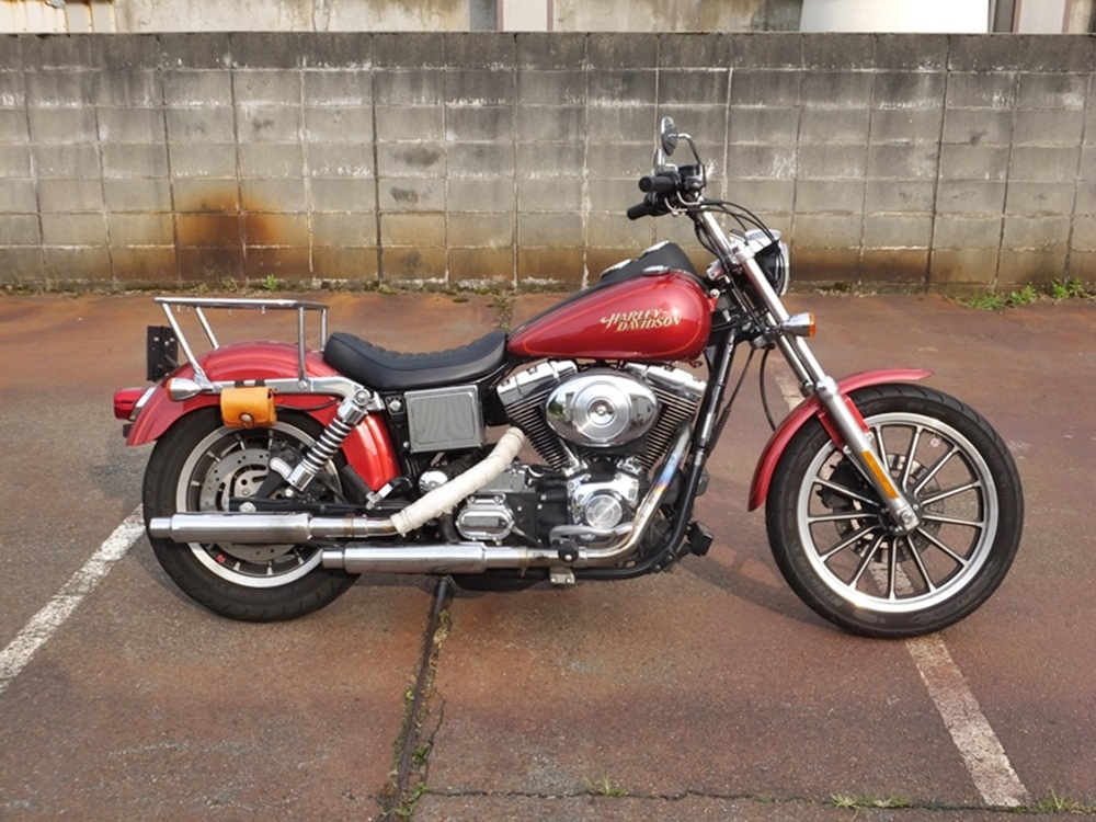 2004FXDL rear low down1