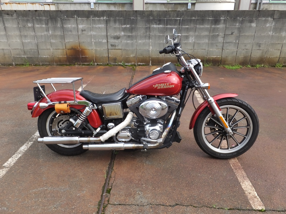2004FXDL rear low down2