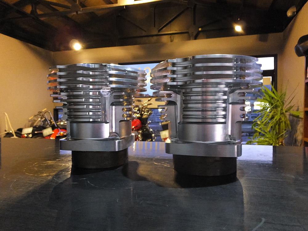 ショベル用アルミビレットビッグボアシリンダー キャリロ鍛造ピストン1