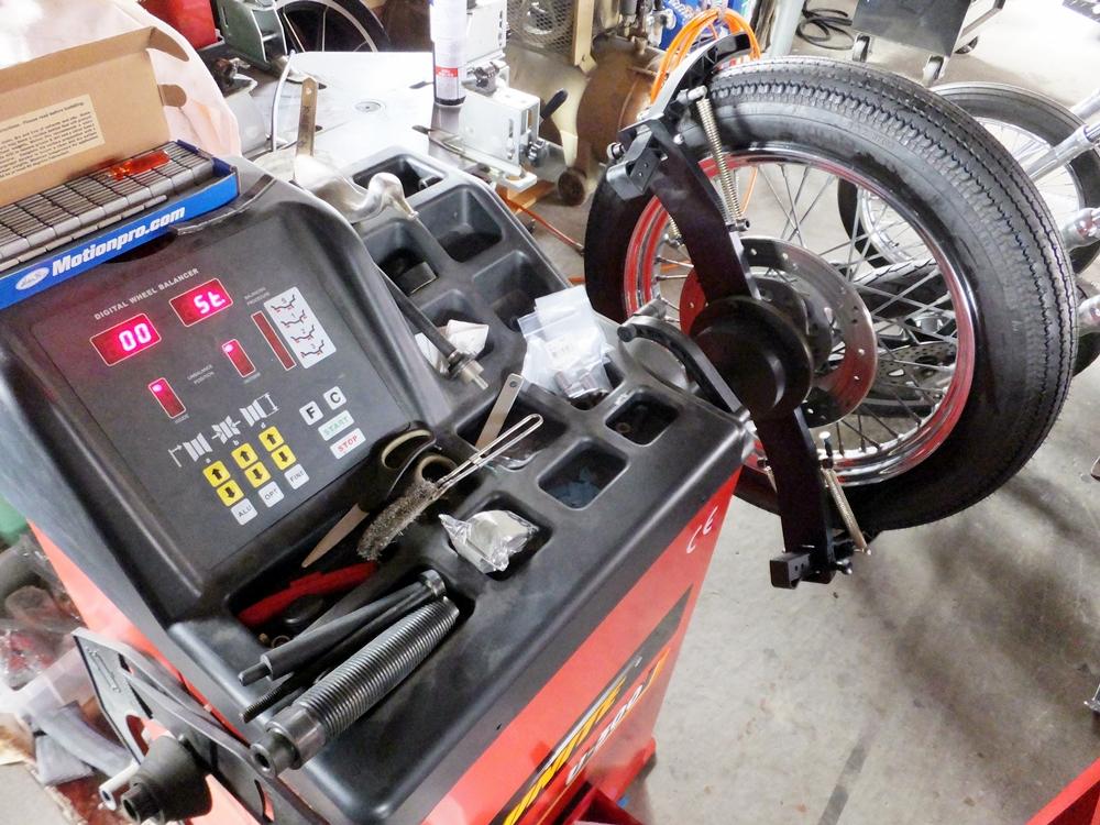 2003XL883H タイヤ・ネックベアリング交換 フロントフォークオーバーホール3