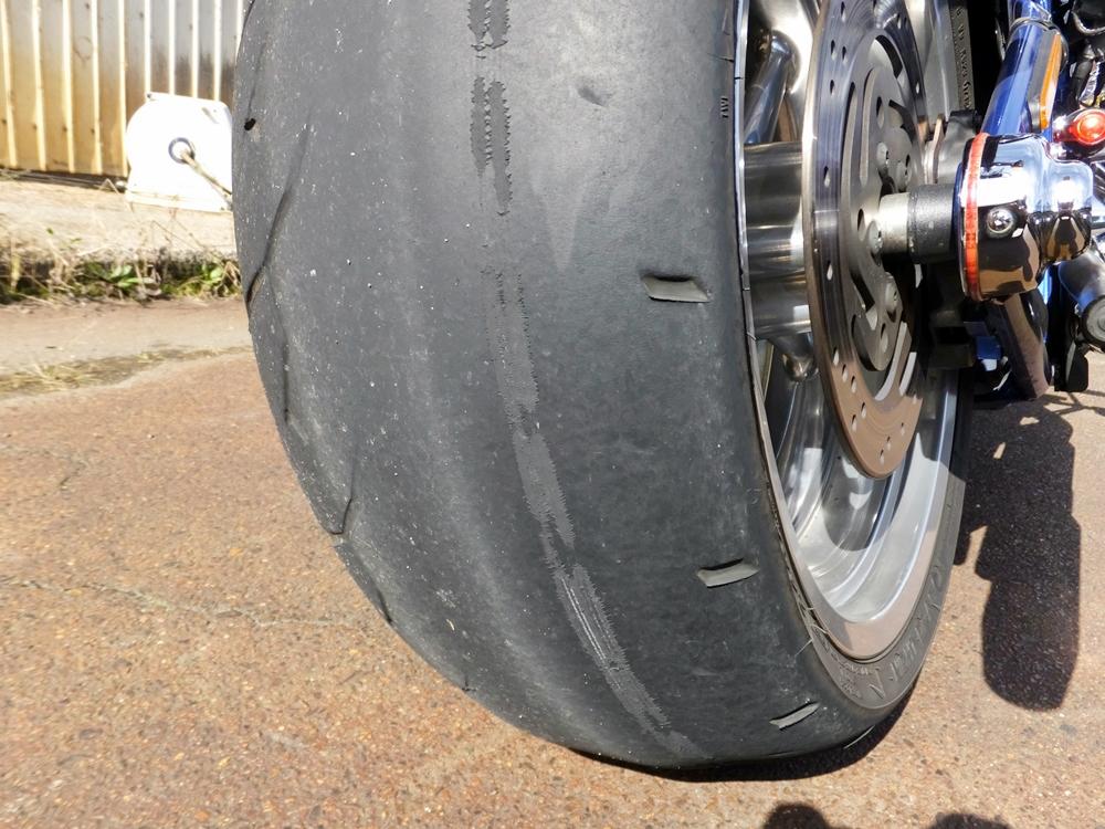 2011FXCWC オイル・タイヤ・ブレーキパッド交換4