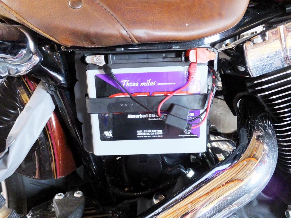 2011FXDC 車検 オイル・バッテリー交換2