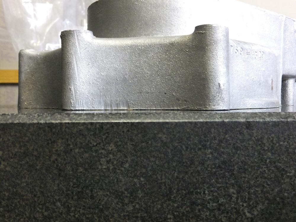 1969XLH900 crankcase3
