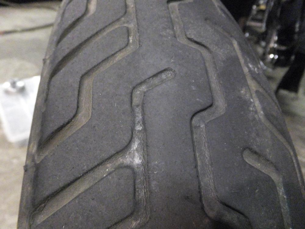 1998FLSTS 前後タイヤ交換 ホイールベアリンググリスアップ1