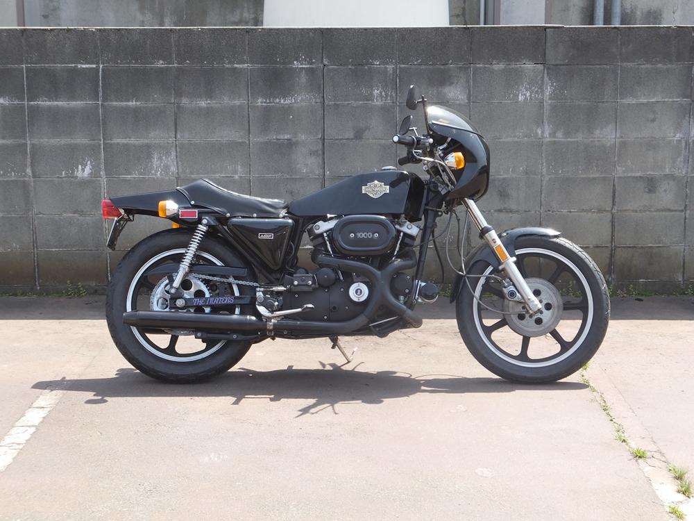 1977XLCR タイヤ交換1