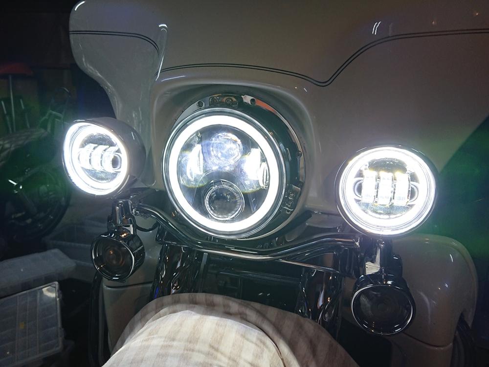 2006FLHTCU タイヤ交換 サンダーマックス LEDヘッドライト11