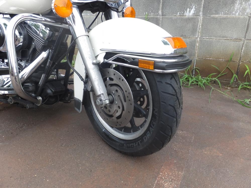 2001FLHP 前後タイヤ交換6