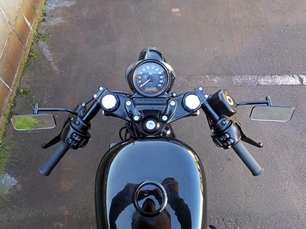 2014XL1200X セパレートハンドル オイルクーラー3